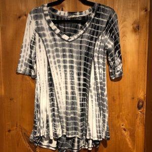 Lucy & Laurel | Tie Dye T Shirt